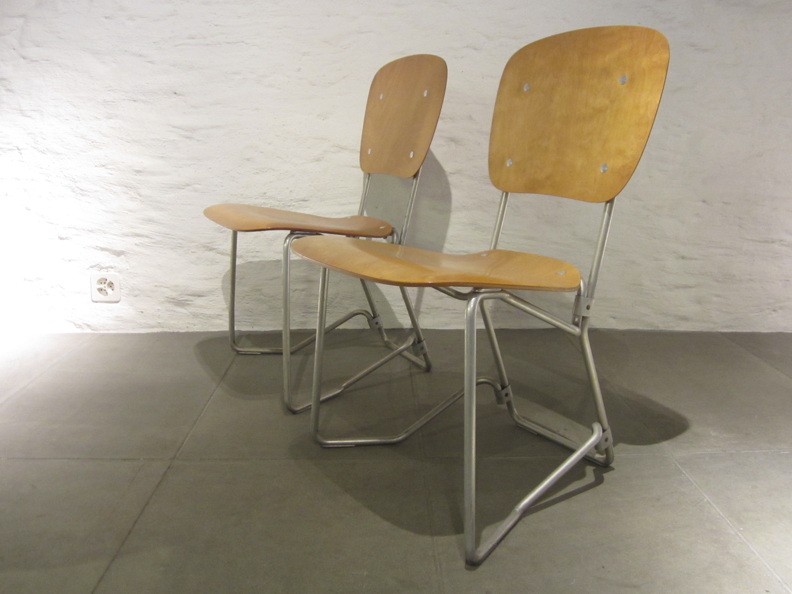 zwei aluflex st hle. Black Bedroom Furniture Sets. Home Design Ideas